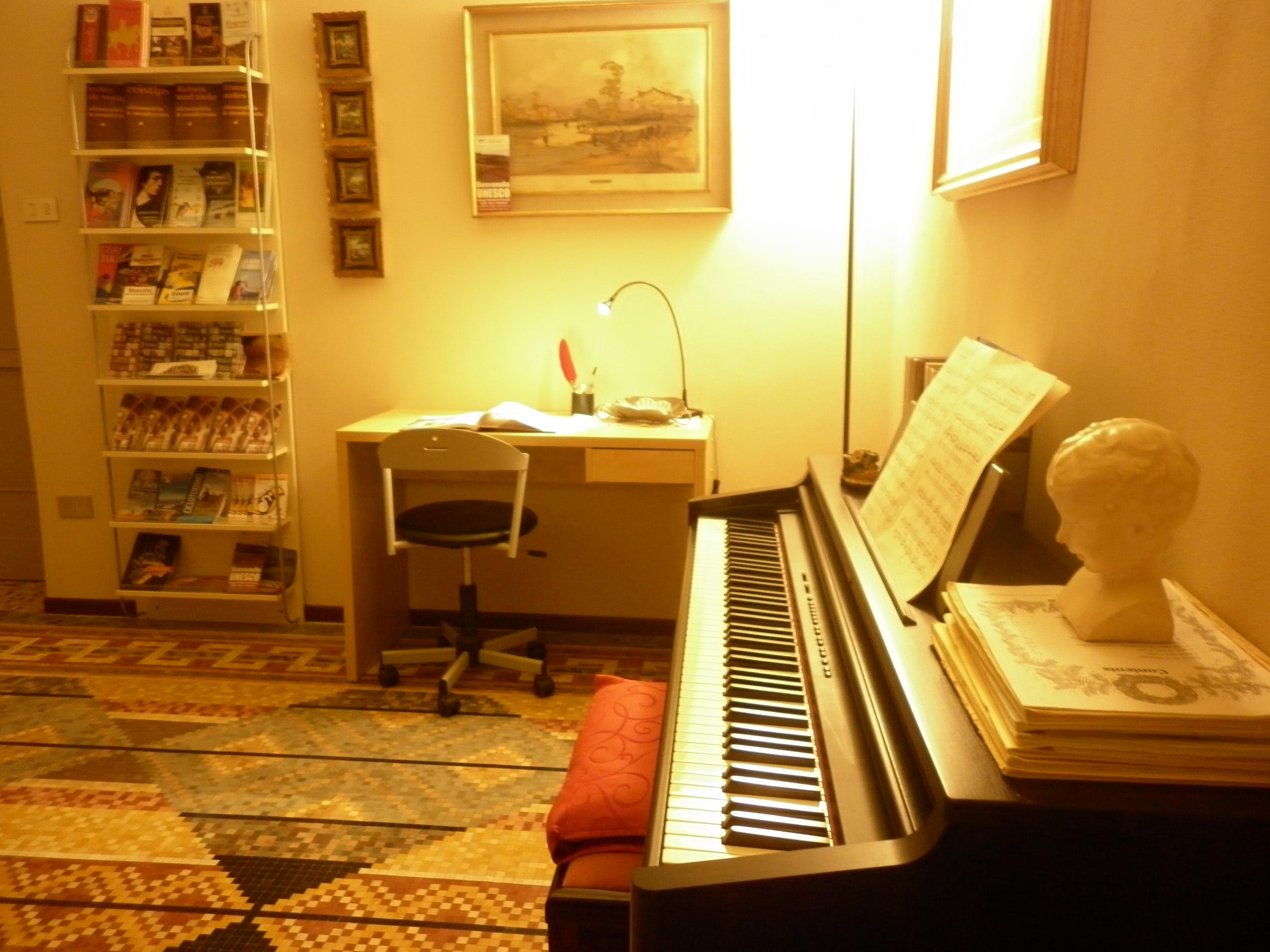 La casa la terrazza sul monferrato - Musica da camera da letto ...